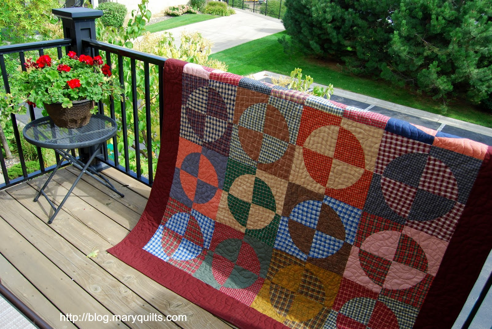 Instructions on my websitehttp://www.maryquilts.com/drunkards-path/